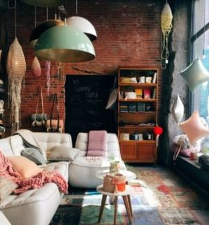 How Tenants & Homeowners Can Earn Money from Renting on Airbnb
